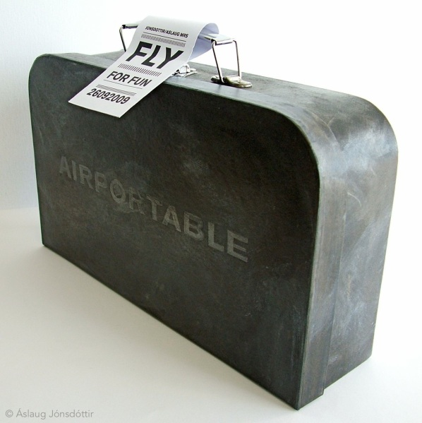 Fly - Airportable suitcase (2009)
