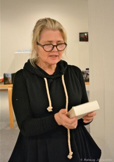 Svanborg Matthíasdóttir (trúir ekki sínum eigin augum)