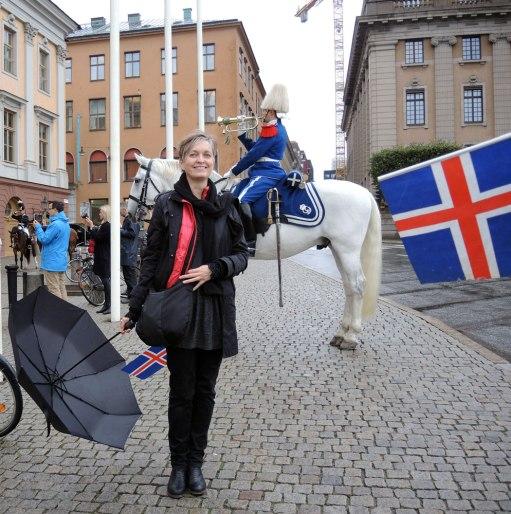 Flaggað við Arvfurstens palats - photos © Rakel Helmsdal